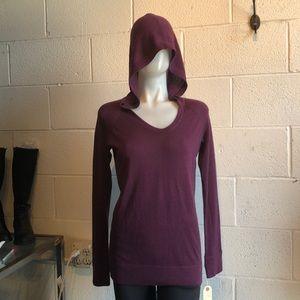 Lululemon plum pullover sweater w/ hood sz 8 61624
